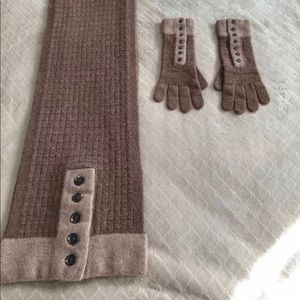 Lands'End Scarf & Gloves